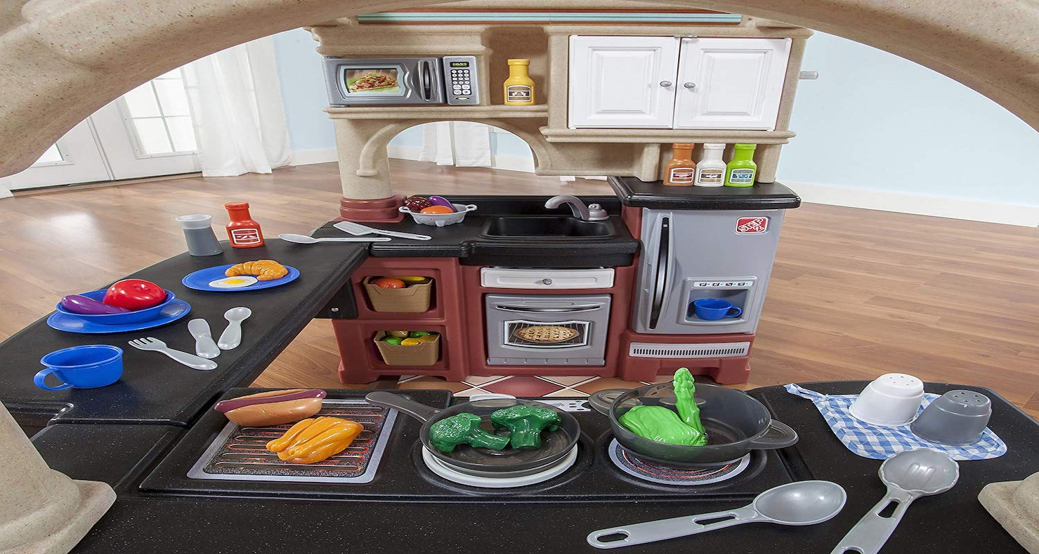Are Play Kitchen Good for Kids?