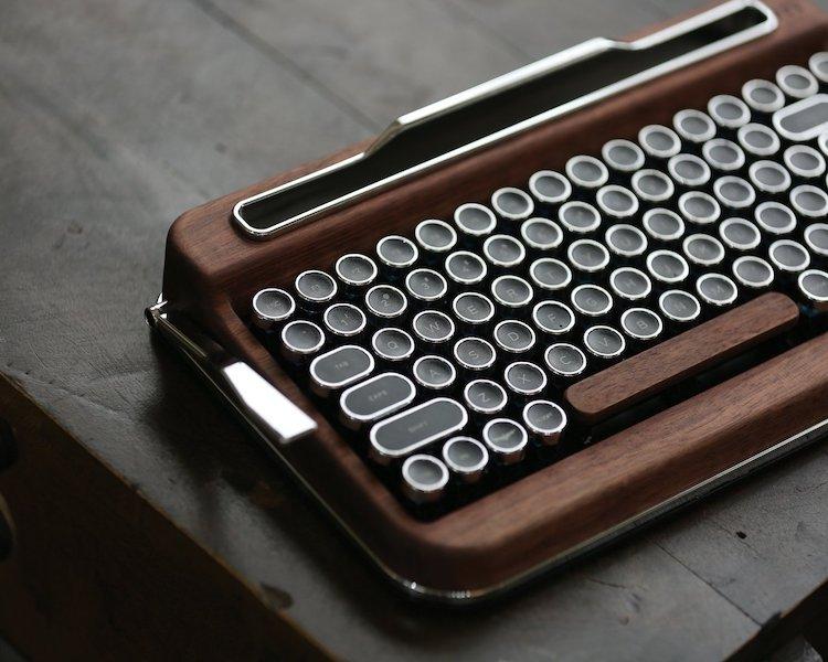 Penna Bluetooth Keyboard (Switch-Cherry Mx Blue)